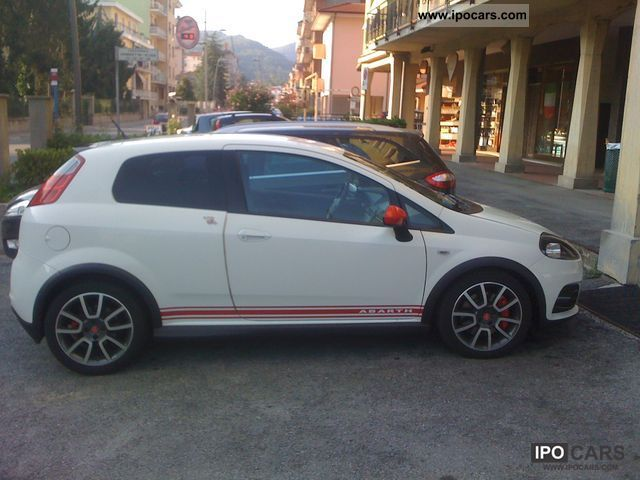 2008 Abarth  Grande Punto abarth Limousine Used vehicle photo