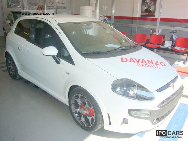2011 Abarth  16V Turbo Punto EVO1.4 MULTIAIR 165CV EURO 5 Sports car/Coupe New vehicle photo