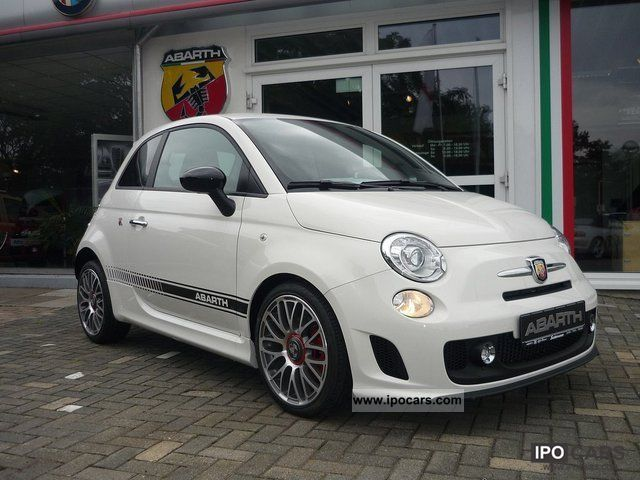 2011 Abarth  500 / Exclusive dealer for Lower Saxony Limousine Demonstration Vehicle photo