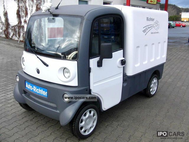 2004 Aixam  Mega Van 400 Multi-Truck Van / Minibus Used vehicle photo