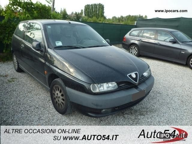 1997 Alfa Romeo  145 1.6i 16v Twin Spark cat climatizzata Limousine Used vehicle photo