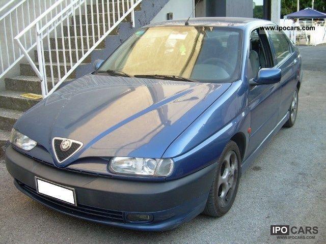 1997 Alfa Romeo  146 1.4i 16v Twin Spark Junior Limousine Used vehicle photo