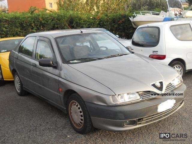 1997 Alfa Romeo  146 2.0 turbo diesel Limousine Used vehicle photo