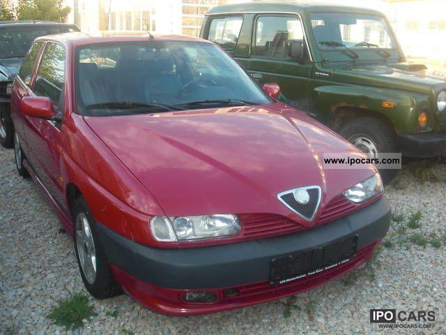 1999 Alfa Romeo  Alfa 145 1.4 Twin Spark * climate * Leather * Small Car Used vehicle photo