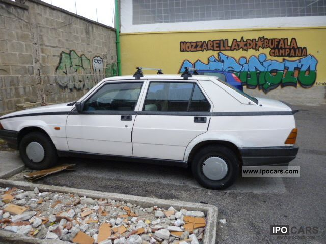 1985 Alfa Romeo  Alfa 75 Limousine Used vehicle photo