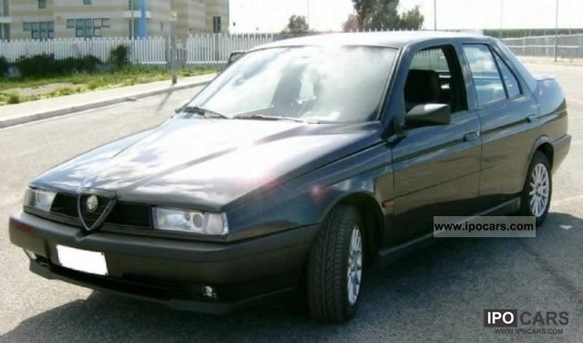 1995 Alfa Romeo  155 2.0i 16v Twin Spark cat S Limousine Used vehicle photo