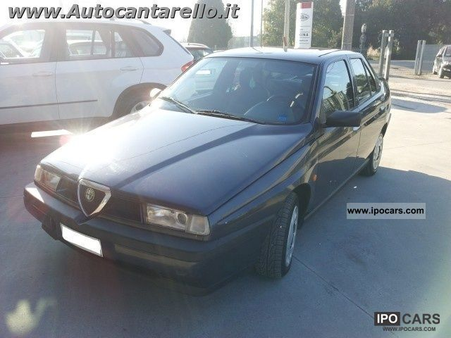 1996 Alfa Romeo  155 1.6i 16v Twin Spark cat Limousine Used vehicle photo