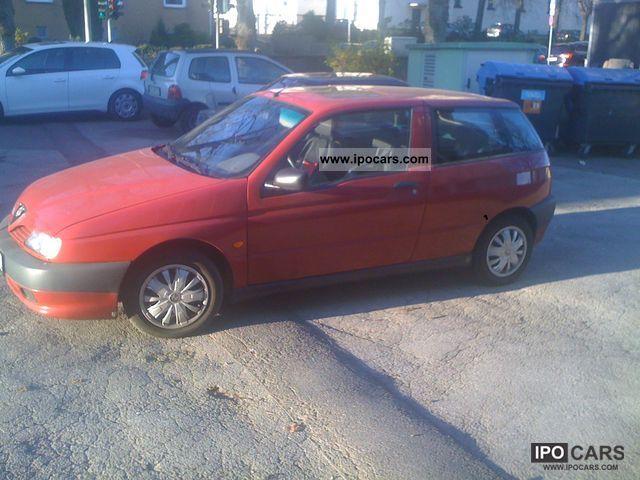 1995 Alfa Romeo  Alfa 145 1.4 Small Car Used vehicle photo