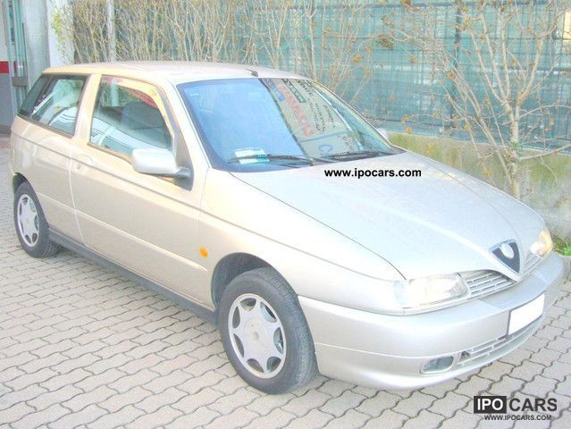 1998 Alfa Romeo  Alfa 145 1.4 Twin Spark 103CV Other Used vehicle photo
