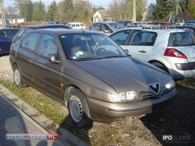 1998 Alfa Romeo  1.6 climate Tspark Small Car Used vehicle photo
