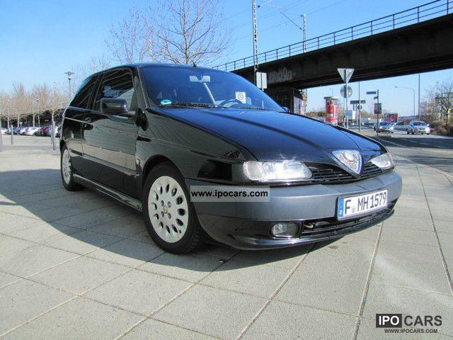 1998 Alfa Romeo  Alfa 145 1.8 Twin Spark Limousine Used vehicle photo