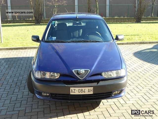 1998 Alfa Romeo  146 Twin Spark 6.1 Usato Milano Limousine Used vehicle photo