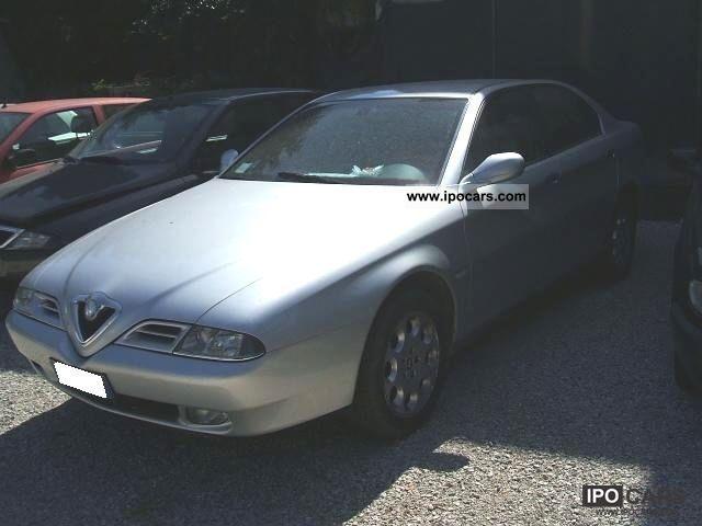 2000 Alfa Romeo  166 Distinctiv E - MOTOR KO Limousine Used vehicle photo