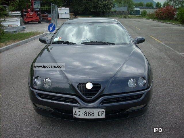 1996 Alfa Romeo  GTV GTV Limousine Used vehicle photo