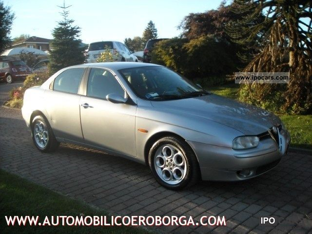 2002 Alfa Romeo  156 1.9 JTD Distinctive cat Limousine Used vehicle photo