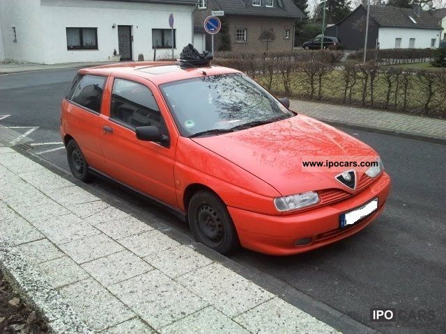 1994 Alfa Romeo  Alfa 145 Small Car Used vehicle photo