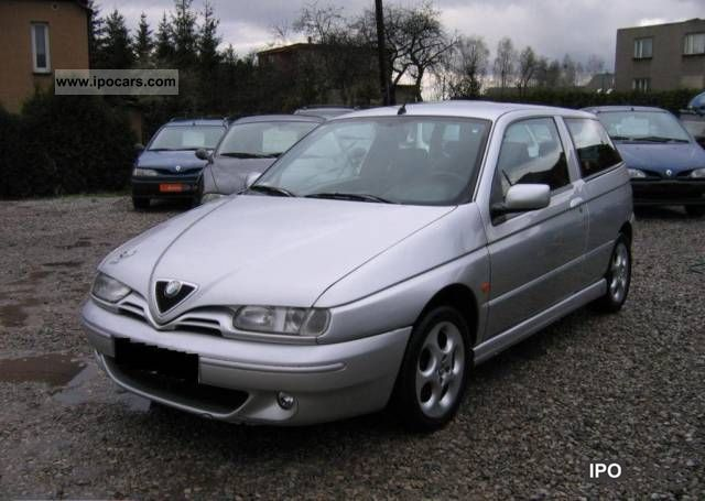 2000 Alfa Romeo  145 1.6 TS - zadbany, I właściciel Small Car Used vehicle photo