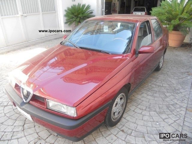 1995 Alfa Romeo  155 2.0i 16v Twin Spark Super Cat Limousine Used vehicle photo