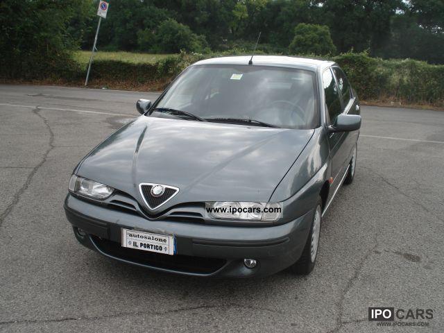 1999 Alfa Romeo  146 1.6 16V L T.SPARK ABS / air bag / A.C. Limousine Used vehicle photo