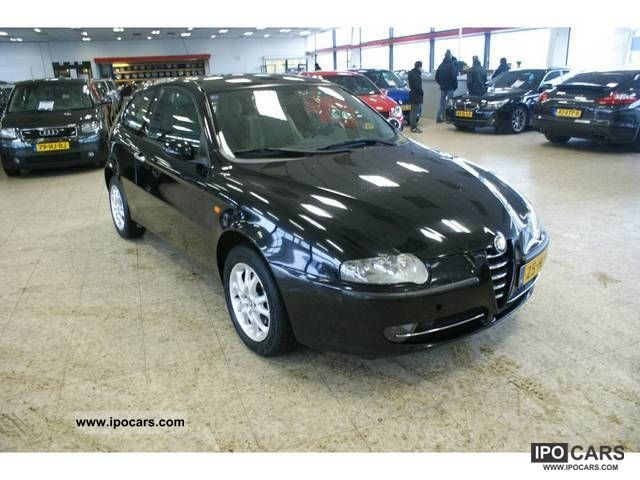 2001 Alfa Romeo 147 1 6 Car Photo And Specs border=
