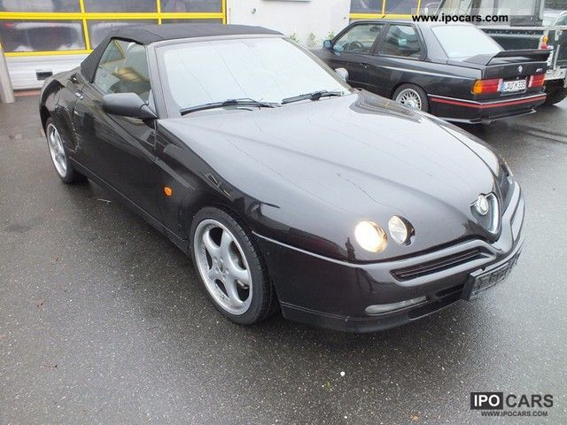 1998 Alfa Romeo  Alfa Spider 1.8 Twin Spark Cabrio / roadster Used vehicle photo
