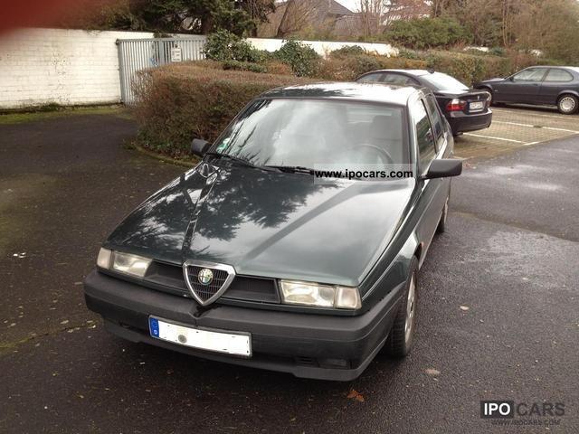 1993 Alfa Romeo  Alfa 155 2.5 V6 Limousine Used vehicle photo