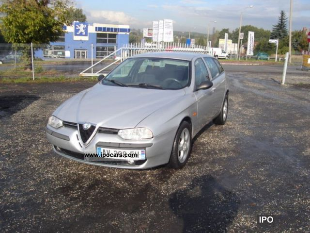 2001 Alfa Romeo  156 SPORT WAGON, climate Estate Car Used vehicle photo