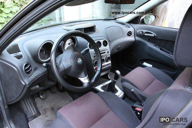 2002 Alfa Romeo  156 2.0 JTS Distinctive Other Used vehicle photo