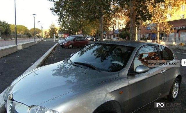 2001 Alfa Romeo  147 grigia, CC1600, 105 Cavalli, ottime condizioni Limousine Used vehicle photo