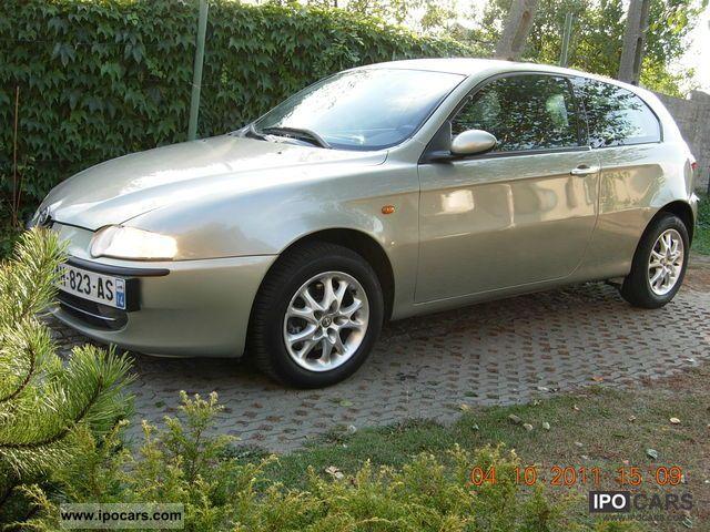 2002 alfa romeo alfa romeo 147 1 6 ts 120 hp 2002 r car photo and specs. Black Bedroom Furniture Sets. Home Design Ideas