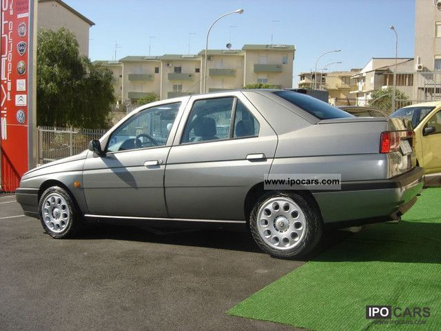 1997 Alfa Romeo  Alfa 155 2.0 SUPER T.S. Limousine Used vehicle photo