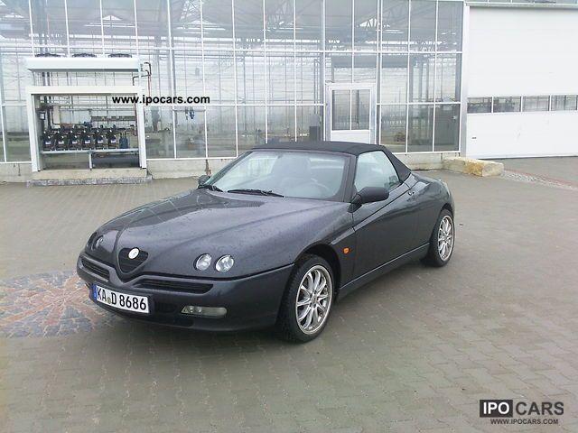 1995 Alfa Romeo  Alfa Spider 2.0 16V Twin Spark Cabrio / roadster Used vehicle photo