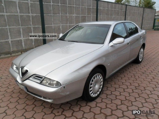 2001 Alfa Romeo  166 2.4 JTD Progression KM.200000 MOLTO BEN tenu Limousine Used vehicle photo