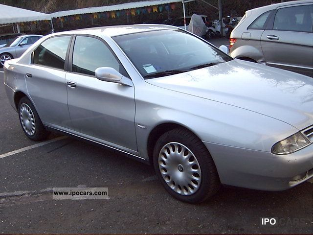 2002 Alfa Romeo 166 2.4 JTD 140CV progression Limousine Used vehicle ...