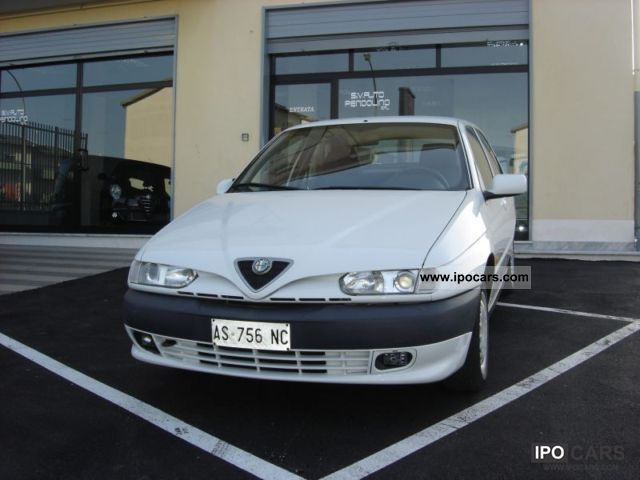 1997 Alfa Romeo  146 1.6 TS Limousine Used vehicle photo