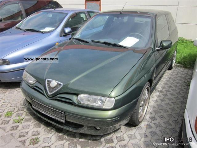 2000 Alfa Romeo  145 2.0 Quadrifoglio, climate control, alloy wheels Limousine Used vehicle photo