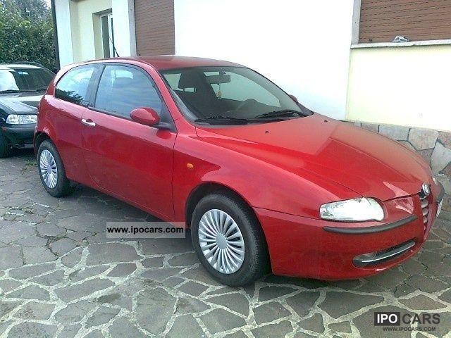 2002 Alfa Romeo  147 1.6i 16V T.S. (105 CV) cat 3p. Prog Limousine Used vehicle photo