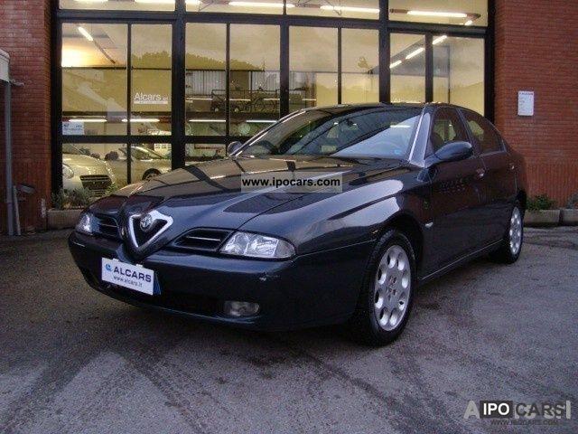 2001 Alfa Romeo  166 2.4 JTD Distinctive Perfetta Limousine Used vehicle photo