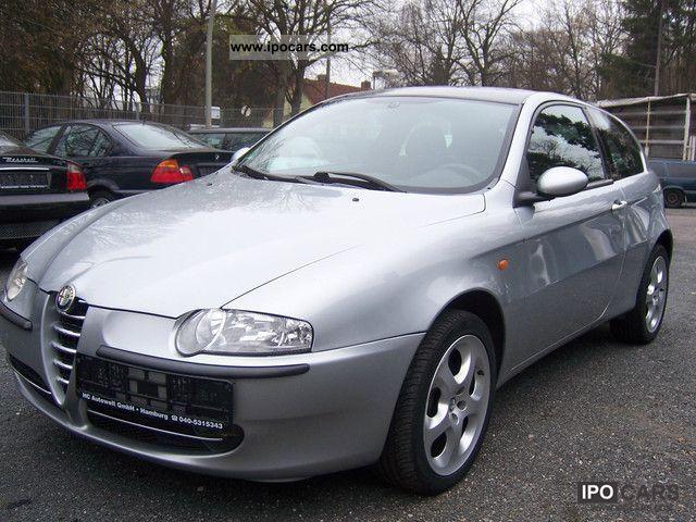 2001 Alfa Romeo  147 Air conditioning / sports seats / checkbook Limousine Used vehicle photo