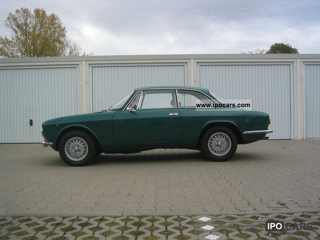Alfa Romeo  GT 1971 Vintage, Classic and Old Cars photo