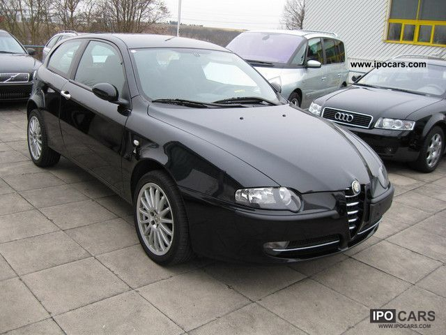 2004 alfa romeo 147 1 9 jtd 16v air conditioning radio cd bj 07 2004 car photo and specs. Black Bedroom Furniture Sets. Home Design Ideas
