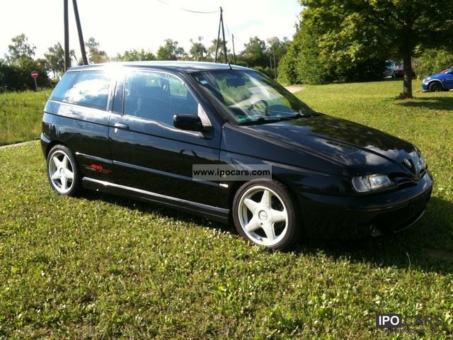 2000 Alfa Romeo  Alfa 145 1.6 Limited-EXCELLENT CONDITION-LOW-16ZOLL! Limousine Used vehicle photo