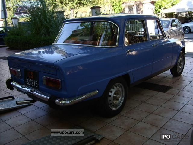 1976 alfa romeo giulia nuova super 1300 39 76 car photo and specs. Black Bedroom Furniture Sets. Home Design Ideas