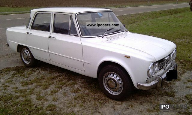 Alfa Romeo Giulia Super TI Car Photo And Specs - Alfa romeo giulia 1972