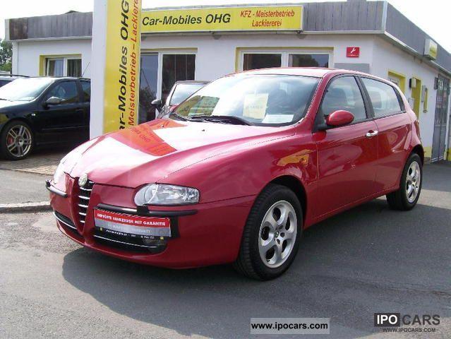 2004 Alfa Romeo  147 1.9 JTD 16V Distinctive / LEATHER / AIR CAR Limousine Used vehicle photo