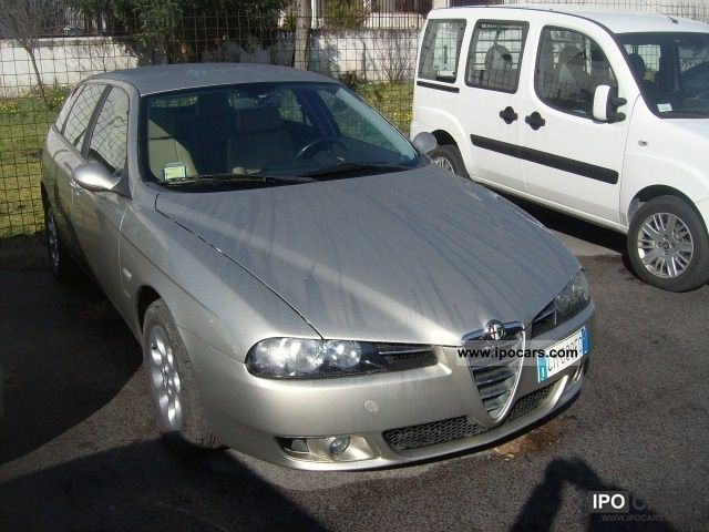 2004 Alfa Romeo  156 1.9 JTD 16V SW Distinctive Estate Car Used vehicle photo