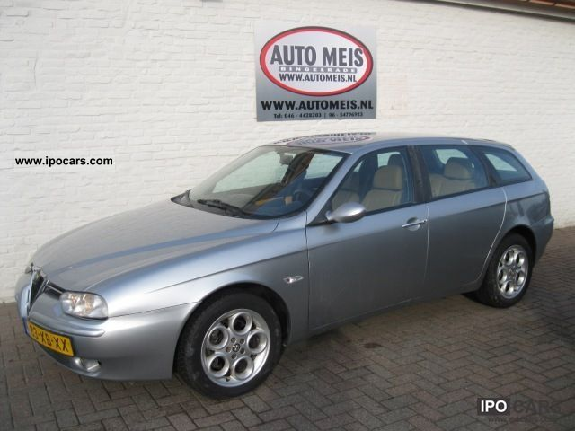 2002 Alfa Romeo  156 2.4 JTD SPORT WAGON Estate Car Used vehicle photo