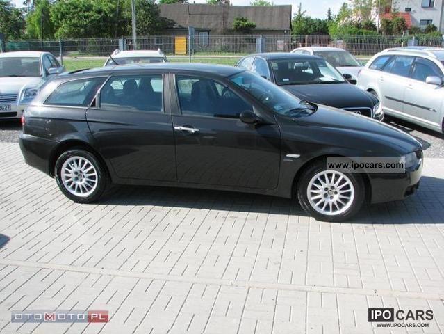 2005 Alfa Romeo  156 1,9 JTD m Estate Car Used vehicle photo