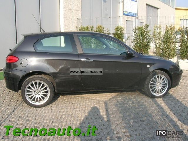 2004 Alfa Romeo 147 1.9 JTD 16V cat 3Pt Cup Sports - Car Photo and ...