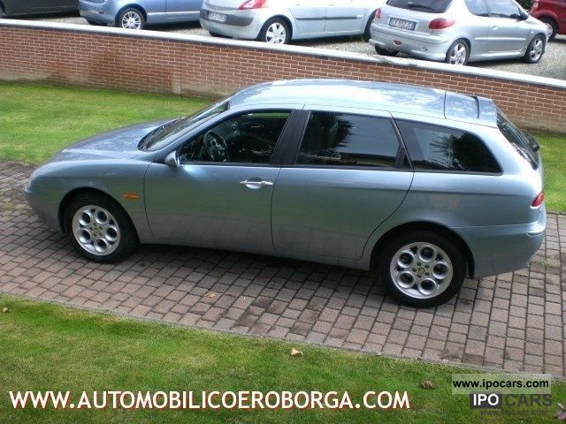 2002 alfa romeo 156 1 9 jtd distinctive cat sw car photo and specs. Black Bedroom Furniture Sets. Home Design Ideas